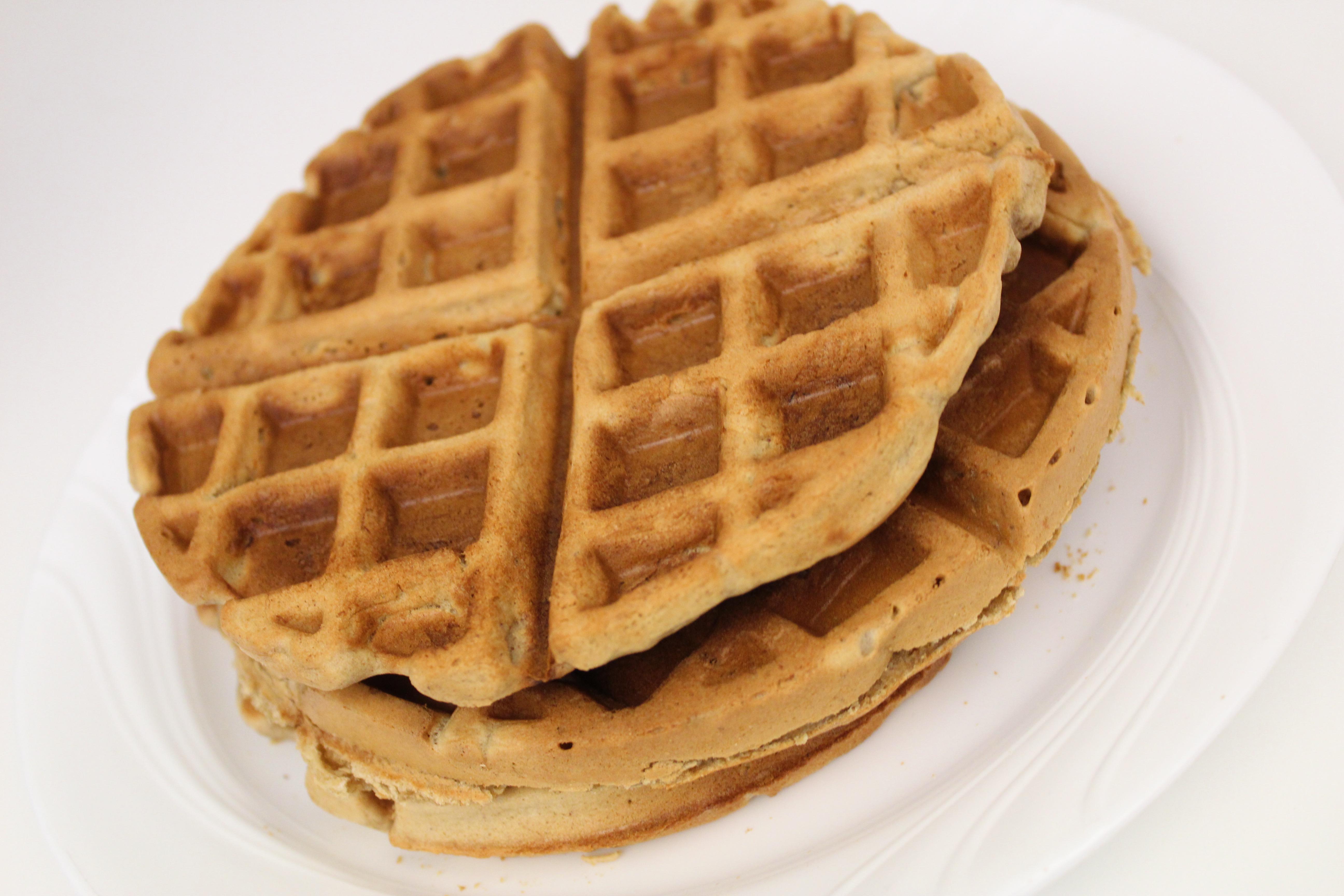 Vegan Banana Waffles
